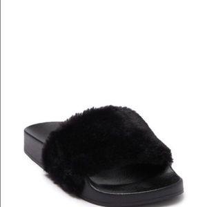 """Steve Madden """"Softy"""" Slide Sandal Size 8 Womens"""